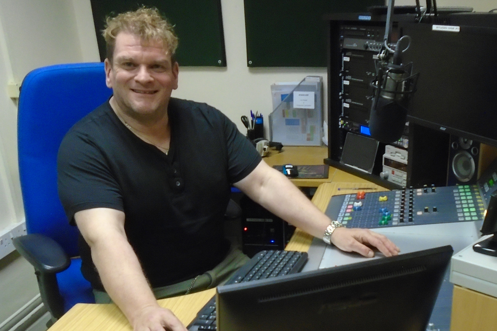 DAVID GILFILLAN TRUST AM HOSPITAL RADIO