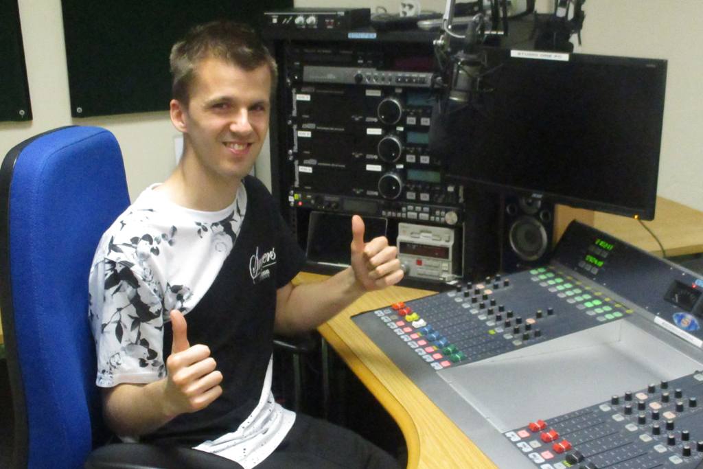 STEVEN BROADBENT TRUST AM HOSPITAL RADIO